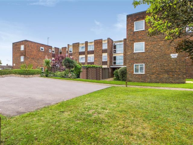 2 Bedroom Flat For Sale In Hatford Road, Reading, Rg30 On Boomin