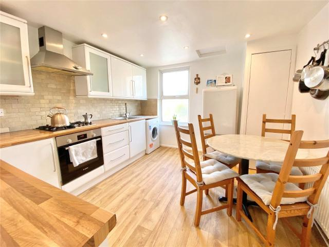 2 Bedroom Flat For Sale In St Leonards Road, Hove, East Sussex, Bn3 On Boomin
