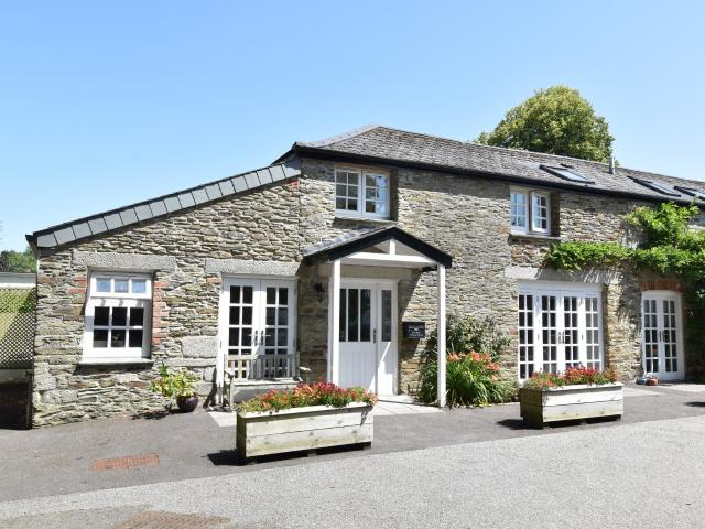 2 Bedroom Flat For Sale In Tregony, Truro On Boomin