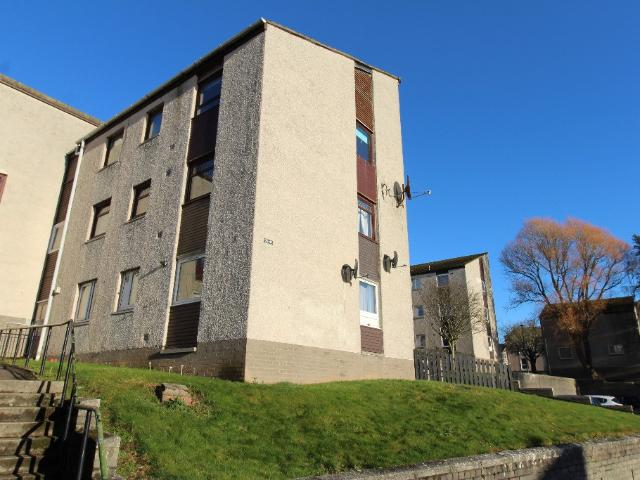 2 Bedroom Flat To Rent In Dochart Terrace, Menzieshill, Dundee, Dd2 On Boomin