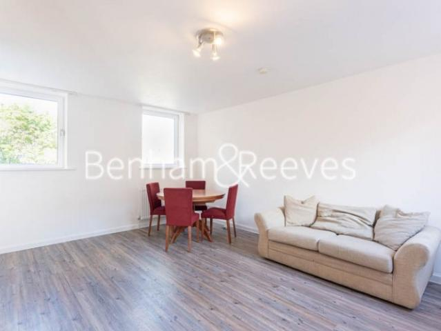 2 Bedroom Flat To Rent In Kennet Street, Wapping, E1w On Boomin