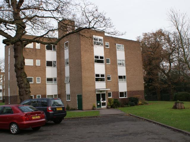 2 Bedroom Flat To Rent In Mallards Reach, Mereside Way, Olton, Solihull, B92 On Boomin