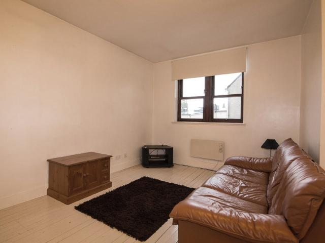 2 Bedroom Flat To Rent In Peter Street, Dundee On Boomin
