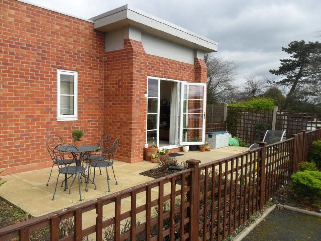 2 Bedroom Flat To Rent In Springfield Road, Sutton Coldfield, Birmingham On Boomin