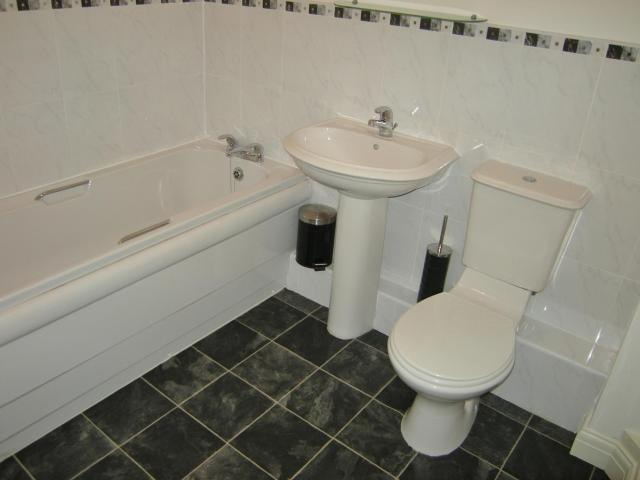 2 Bedroom Flat To Rent In St Andrews Road North, Lytham St. Annes On Boomin