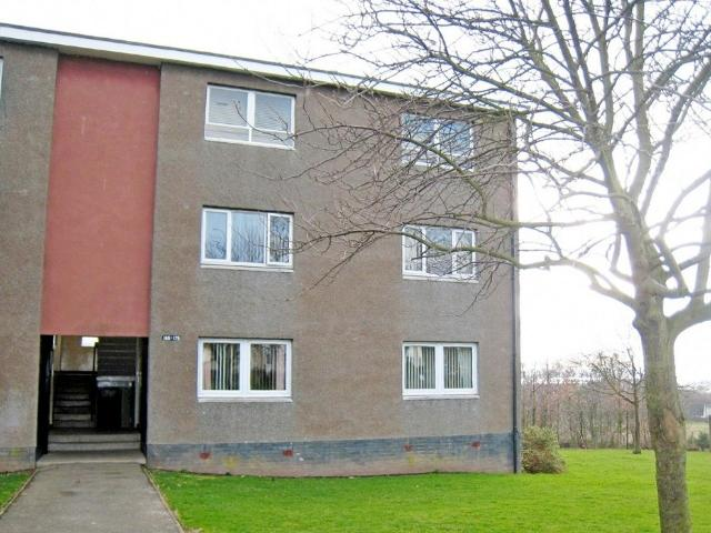 2 Bedroom Flat To Rent In Thurso Crescent, Menzieshill, Dundee, Dd2 On Boomin