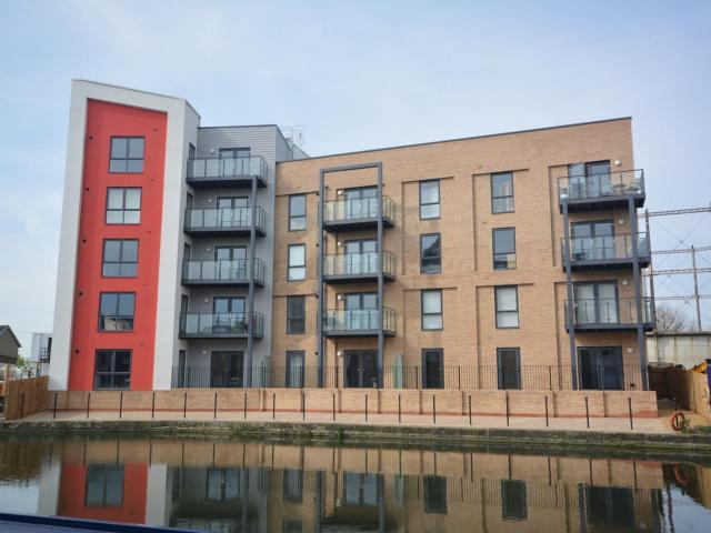 2 Bedroom Flat To Rent In Wharf Road, Chelmsford, Essex, Cm2 On Boomin