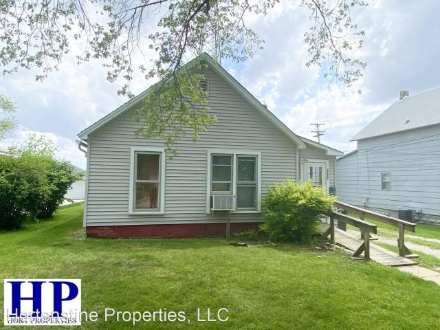 2 Bedroom Home For Rent At 1113 Marshall Ave, Mattoon, Il 61938