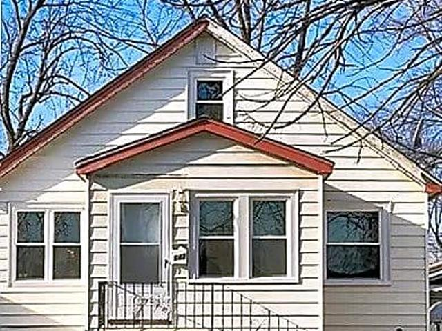 2 Bedroom Home For Rent At 642 Greenbay Ave, Calumet City, Il 60409