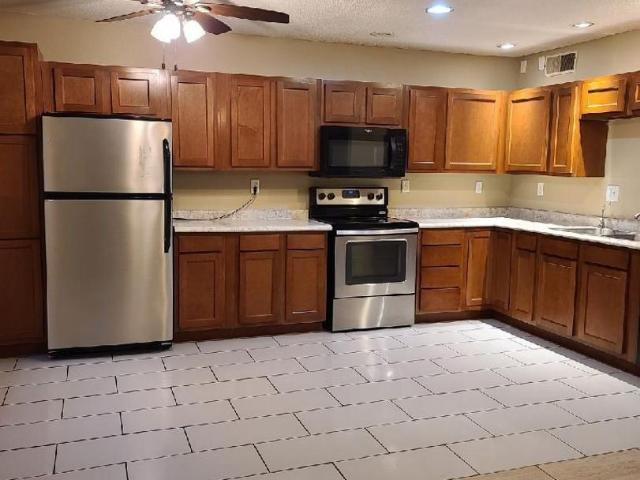 2 Bedroom Home For Rent At 704 21st Avenue Pl, Coralville, Ia 52241 Kirkwood