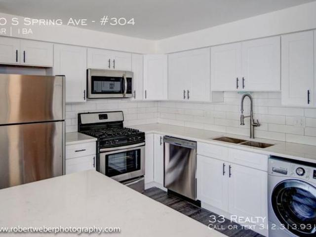 2 Bedroom, La Grange Il 60525