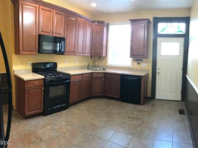 2 Bedroom, Pittsburgh Pa 15224