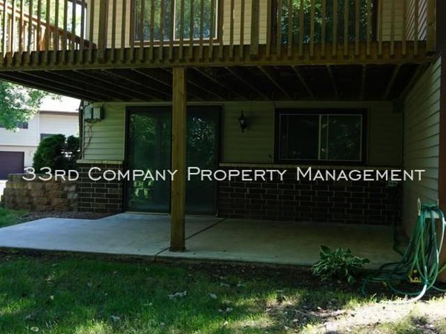 2 Bedroom Single Family Home Bloomington Mn For Rent At 1675
