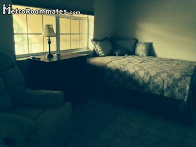 2 Bedroom Single Family Home Palm Beach Fl For Rent At 2500