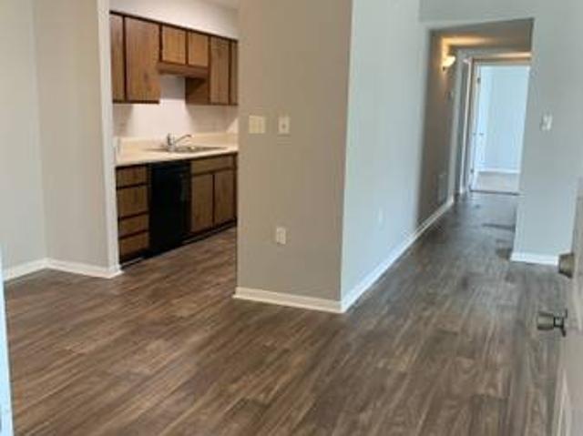 2 Bedroom The Landings $399 Move In Special Church Hill