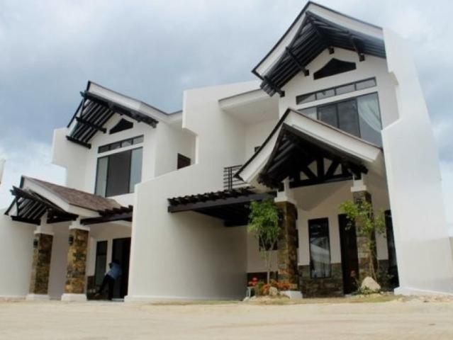 2 Bedroom Townhouse Beach Front In Argao Royal Palms