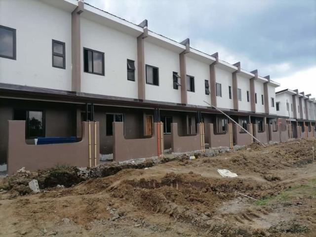 2 Bedroom Townhouse For Sale In Santo Tomas, Batangas