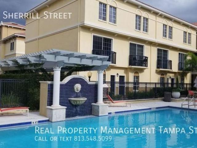 2 Bedroom Townhouse Tampa Fl