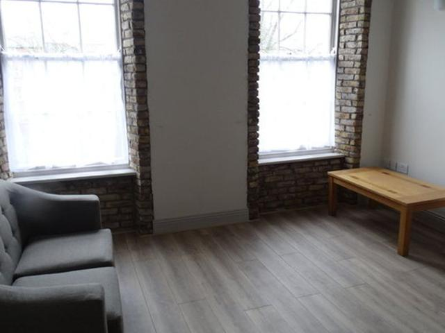 2 Bedrooms 1 Single, 1 Double, 1 Bathroom, Furnished Apartment To Rent