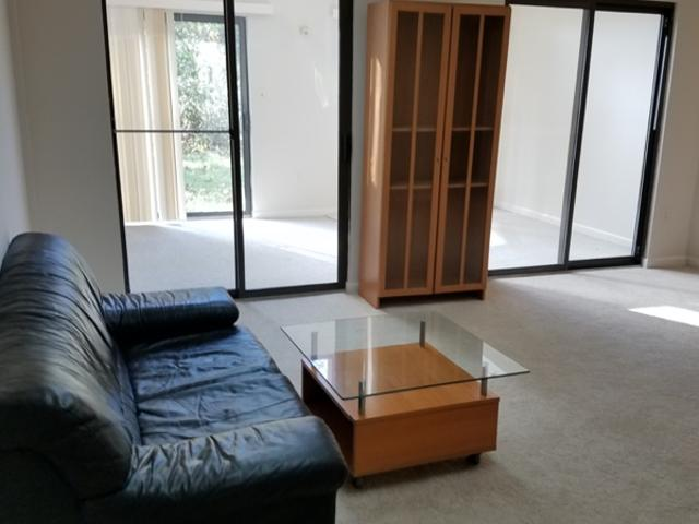 2 Bedrooms Apartment In Bethesda
