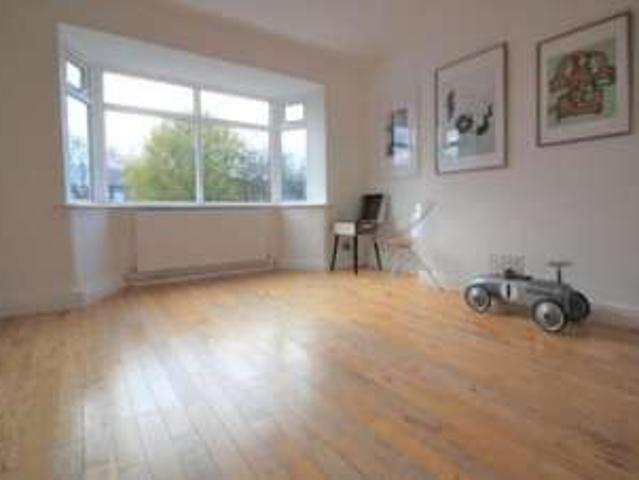 2 Bedrooms Flat For Rent In Langdale Crescent, Abram, Wigan Wn2