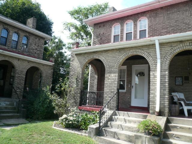 2 Beds Townhouse On Beacon St, Squirrel Hill