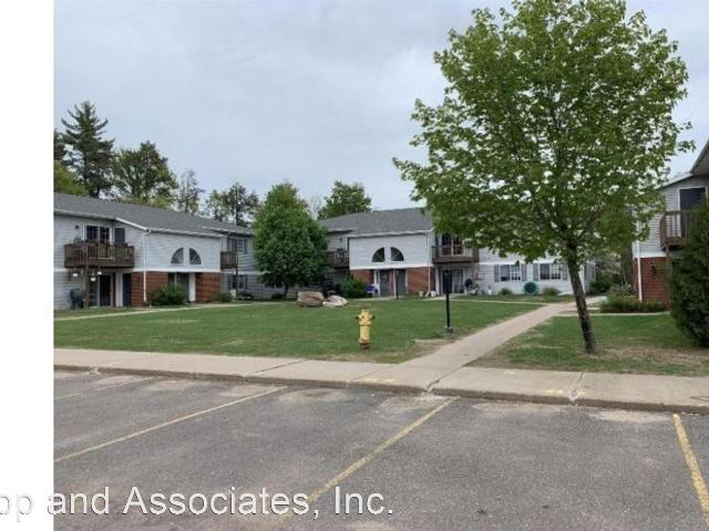 2 Br, 1 Bath Apartment 44 48 E. Birchwood Avenue