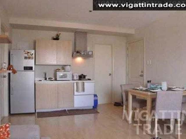2 Br 2 Ba Corner Unit In Soho Central For Rent As Low As Php2 200