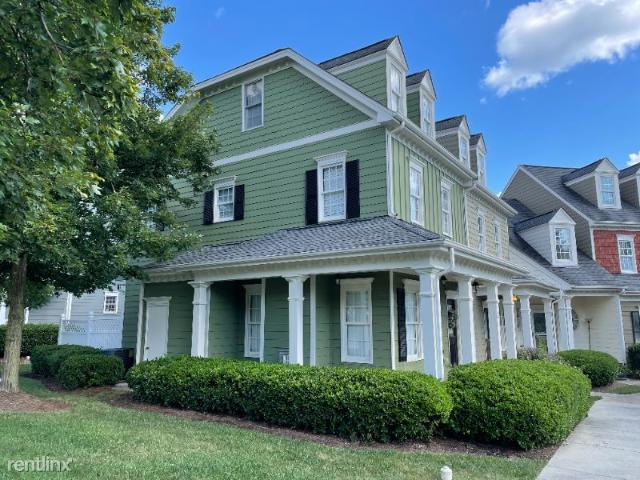 2 Br, 3 Bath Townhome 201 Old Grove Ln