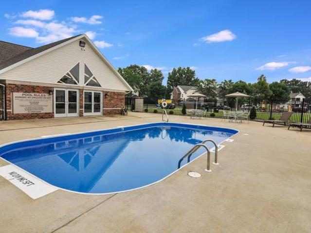 2 Br Apartment Tailored To Your Highest Standards Reserve Now Tsc And Wea School Districts
