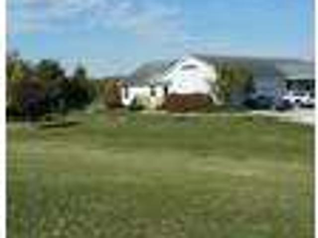 2 Br In Whitley County