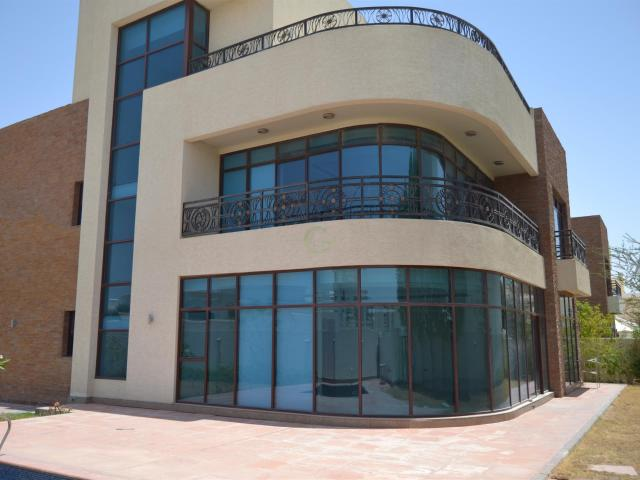 2 Cheques: Luxury Villa In Mbz W/ Pool Aed 250,000