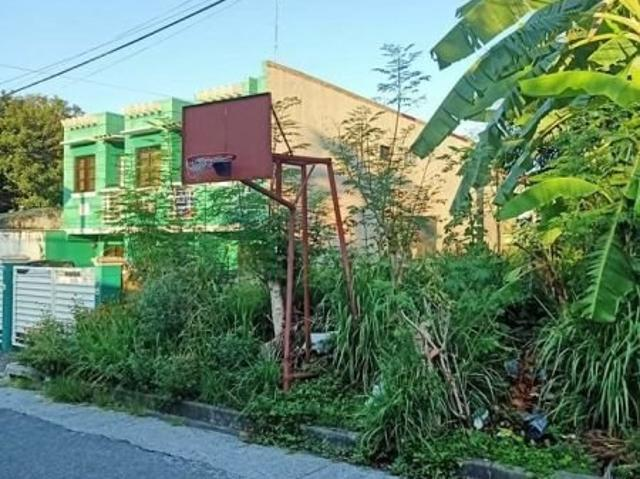 2 Storey Townhouse For Sale With Vacant Lot In Caloocan City