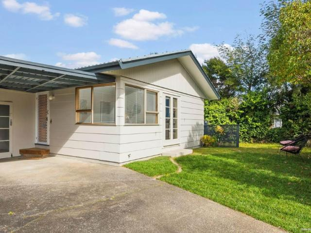 2a Colin Wild Place, Glenfield
