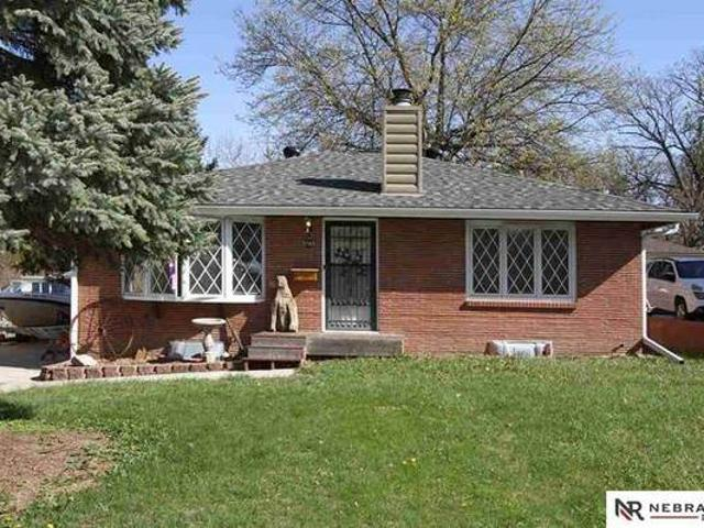 2bd 2ba Home For Sale In Lincoln Lincoln