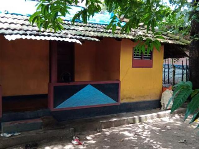 2bhk Indipendent Oodu House Rent Eroor Near Main Road Asking
