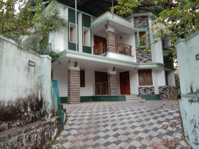 2bhk Luxury Villa Upstairs At Nh17 Road Side 4 Rent Calicut