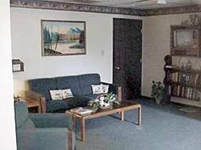 2br 742ft² Fully Equipped Kitchens, Senior Community, Clubhouse