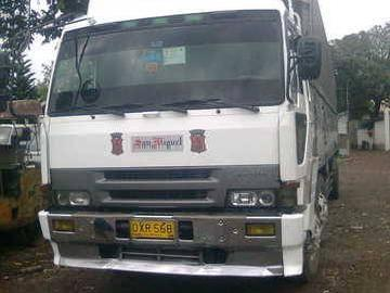 2nd hand fuso and wheeler truck
