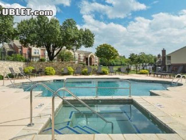 $3150 Two Bedroom In Chesterfield Chesterfield