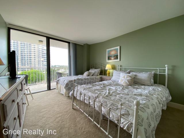320 Seaview Ct. 2 Bedroom Apartment For Rent At 320 Seaview Ct, Marco Island, Fl 34145