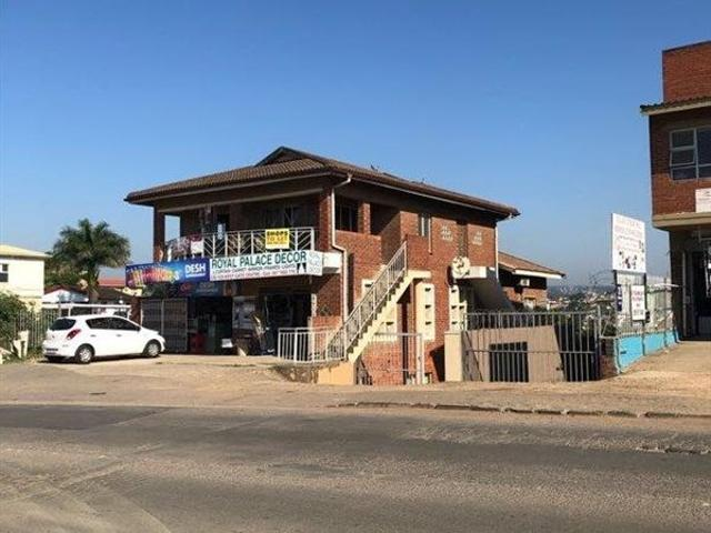 325 M² Commercial Space In Newlands East