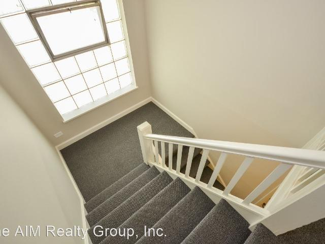 335 339 N. Yale Avenue 2 Bedroom Apartment For Rent At 335 N Yale Ave, Villa Park, Il 60181