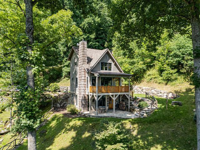 336 Freemont Drive, Leicester, Us, Nc