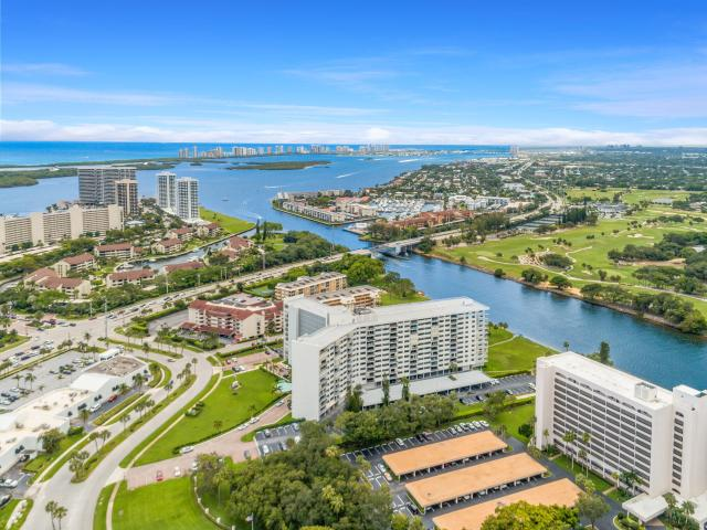 336 Golfview Road, Unit 411