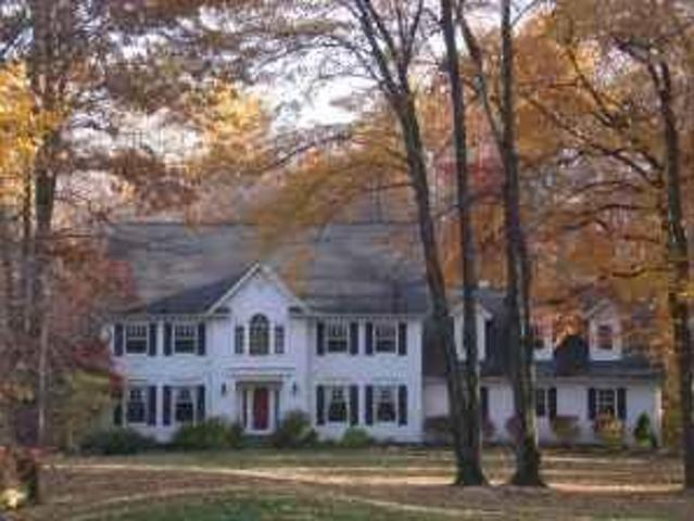 $3400 / 4br Family Retreat On Picturesque Horse Property Chagrin Falls, Ohio