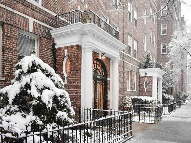 34 39 82nd Street #51, Jackson Heights, Ny 11372