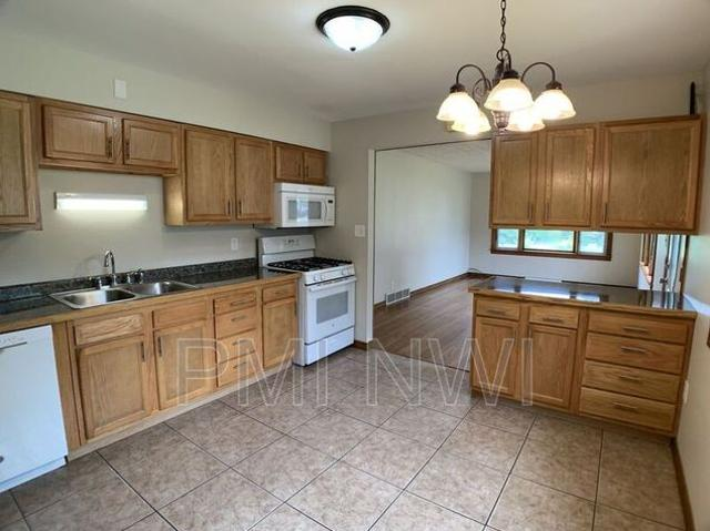 3504 E 21st Ave, Lake Station, In 46405