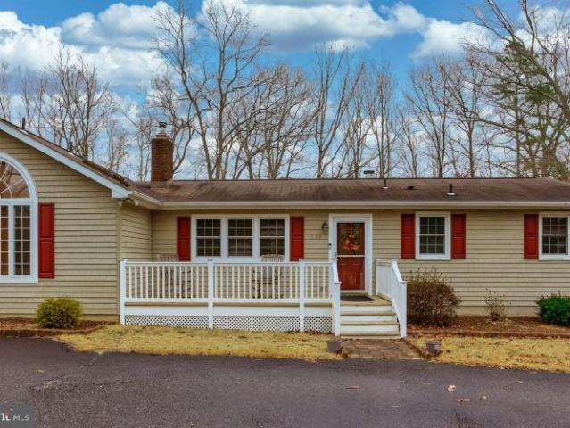 352 Old White Horse Pike