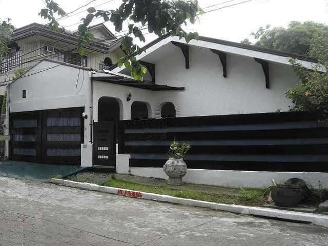 35,000 Newly Renovated Bungalow In Tahanan Village Paranaque